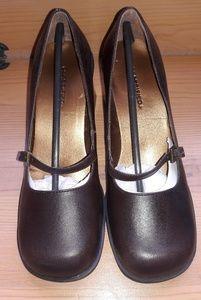 NIB Ladies Heels